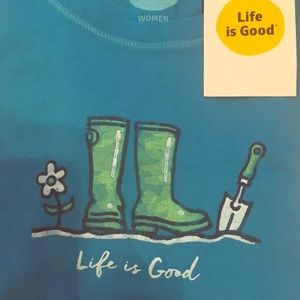 Life is good new with tag size small Gardner love